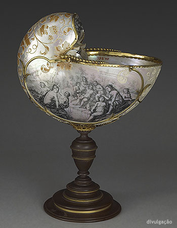 Cornelis van Bellekin (about 1625-after 1711), Nautilus shell engraved with scenes of the Roman divinities Bacchus and Diana Bathing, ca. 1660-80, Nautilus shell (mother of pearl) engraved and blackened, turned wood and gilt bronze, Paris, Musée du Louvre